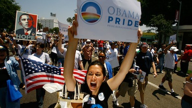 Obama's marriage stance energizes immigration activists