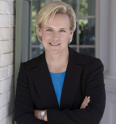 Mary Cheney: Sister is 'dead wrong' on gay marriage