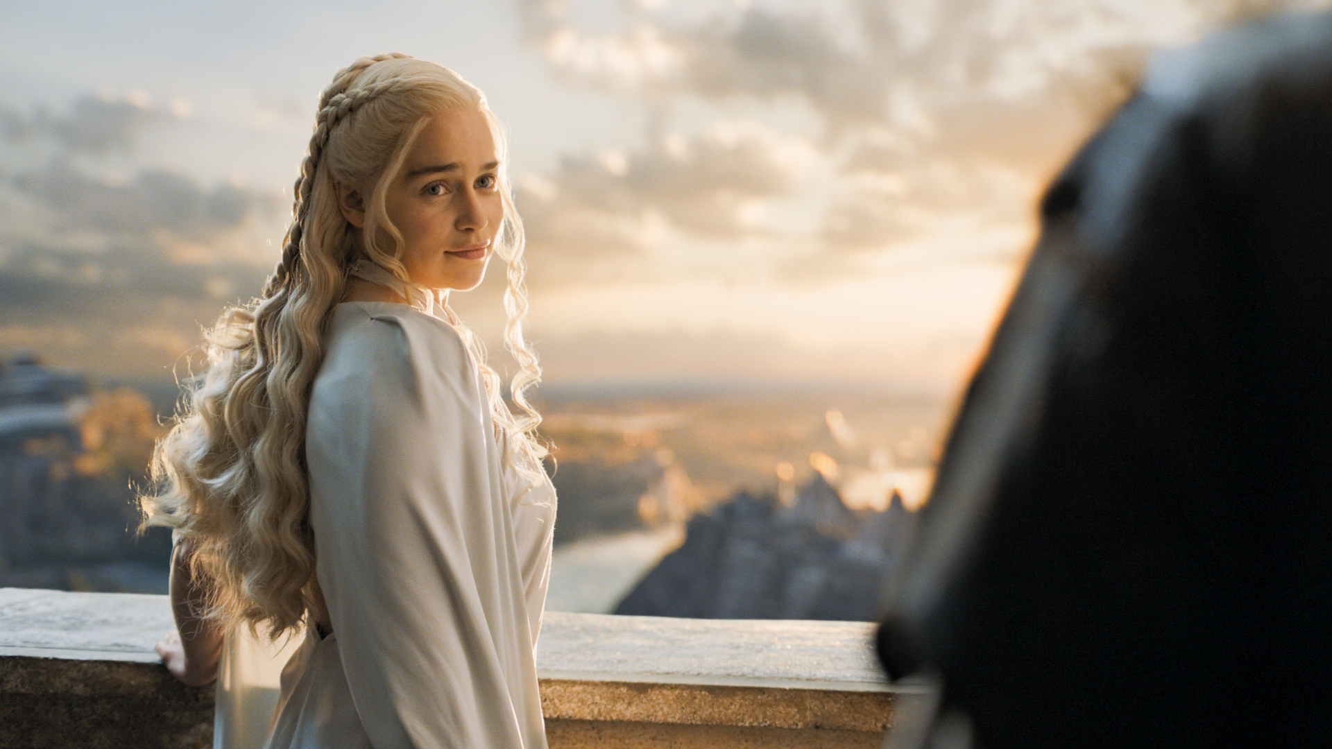 'Game of Thrones' star Emilia Clarke finds personal strength in playing Daenerys