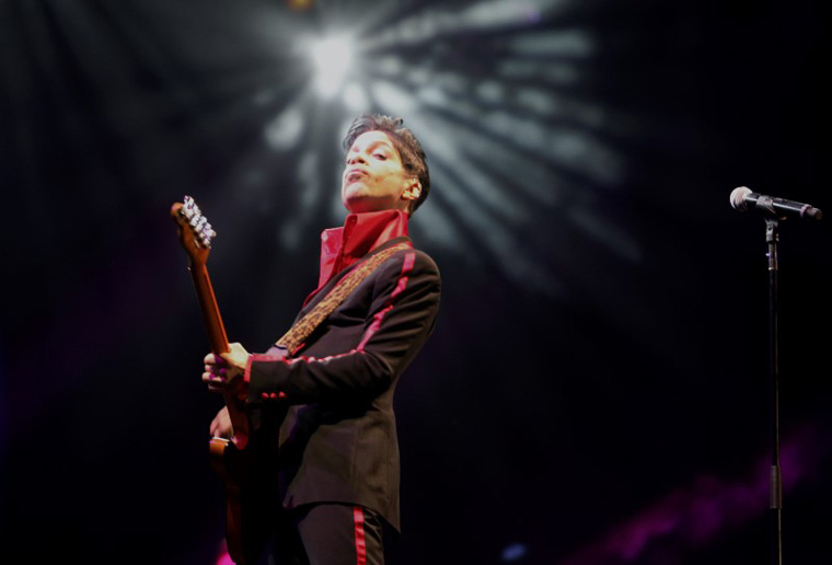 U.S. musician Prince performs on stage at Yas Arena in Yas Island, Abu Dhabi November 14, 2010. REUTERS/Jumana El-Heloueh